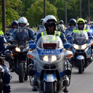 Gottesdienst 721 Biker rollten bei Prozession der Bundespolizei durch Sankt Augustin